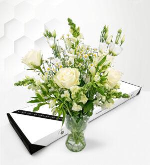 Elegant Avalanche - Letterbox Flowers - Letterbox Flowers UK - Send Letterbox Flowers - Letterbox Flowers UK
